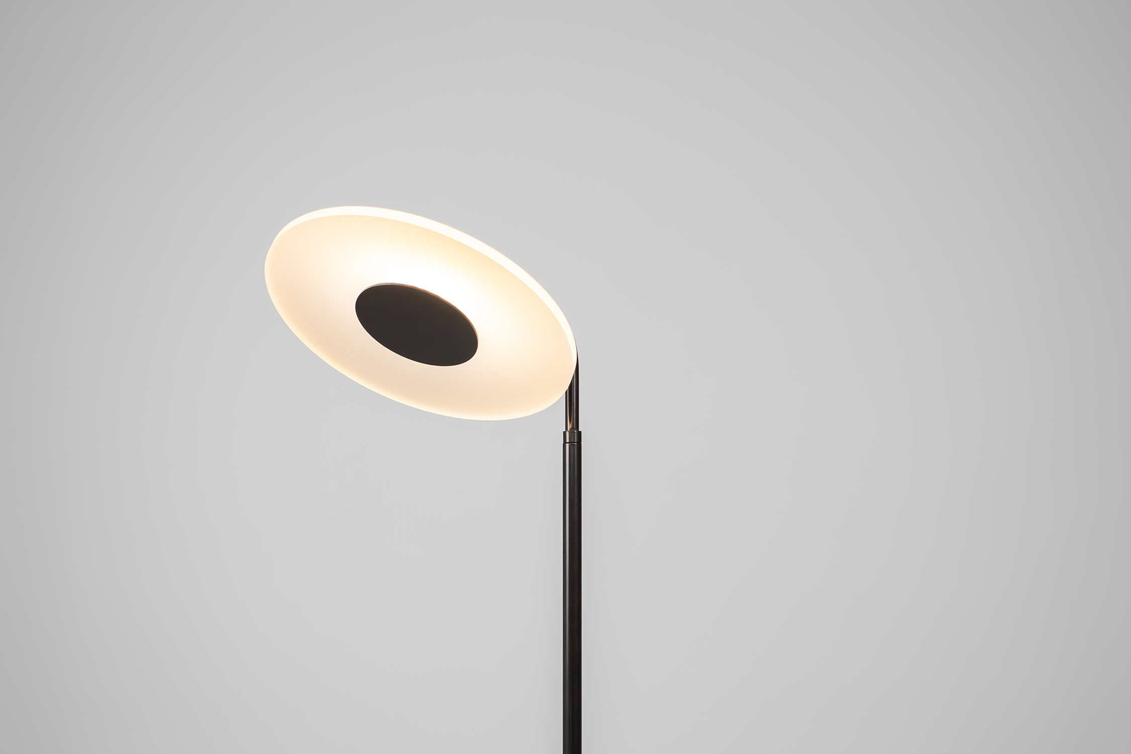 Halo Floor Lamp 8